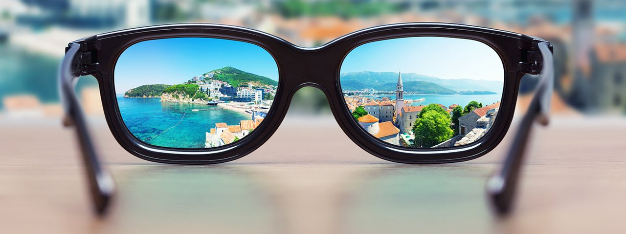 cityscape_focused_in_glasses_1280x480